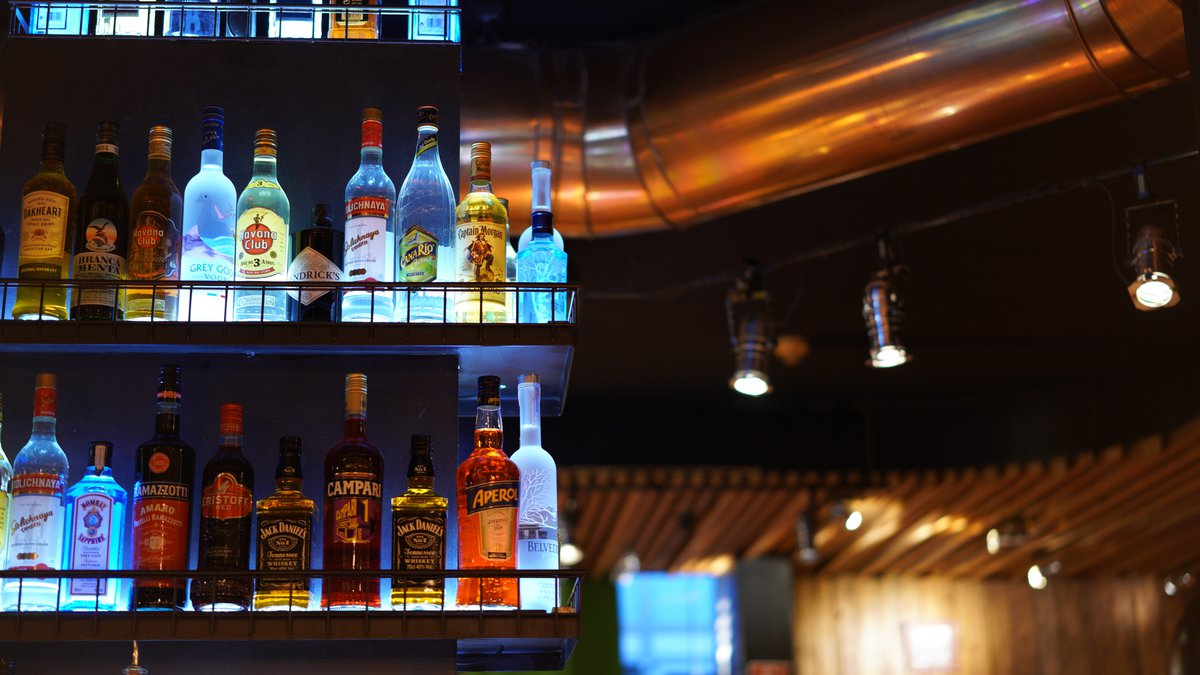 Ohio could soon allow bars to be open until 4 a.m. on the weekends.