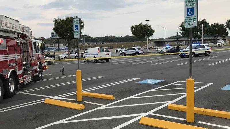 2 seriously injured in shooting on Independence Boulevard