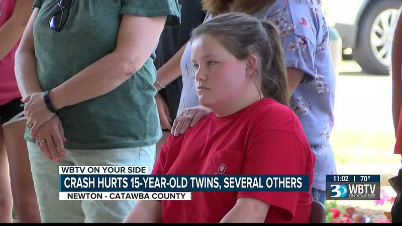 Crash hurts 15-year-old twins, several others