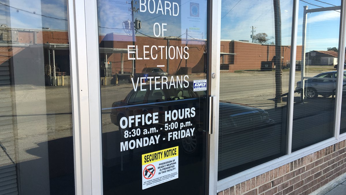 The front door of the Bladen County Board of Elections office.