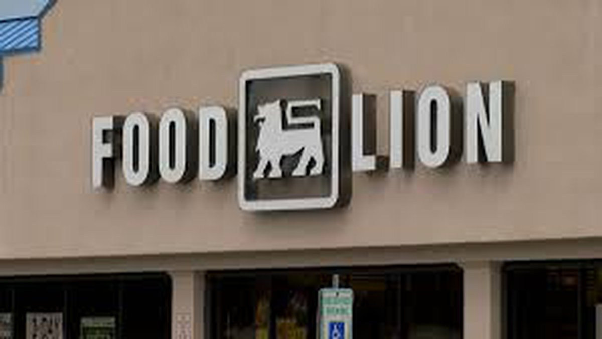 Food Lion updates corporate uniform policy following the resignation of one NC employee