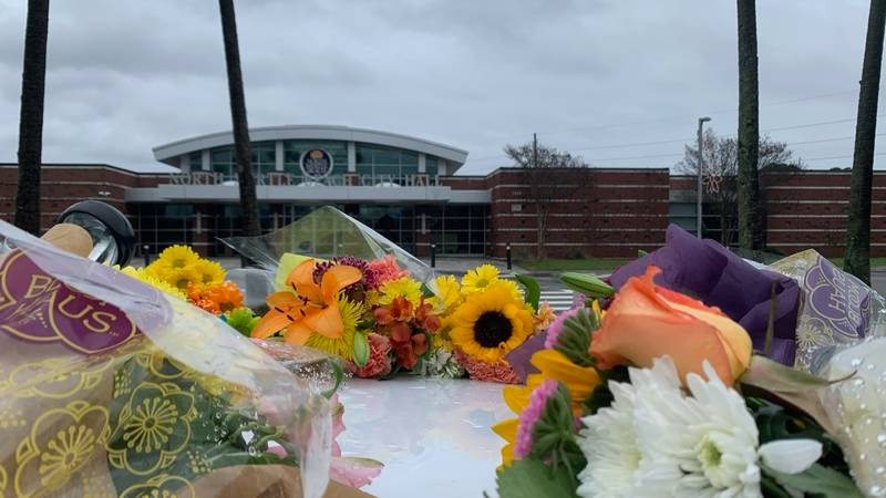 A memorial for a fallen North Myrtle Beach officer continued to grow on Saturday.