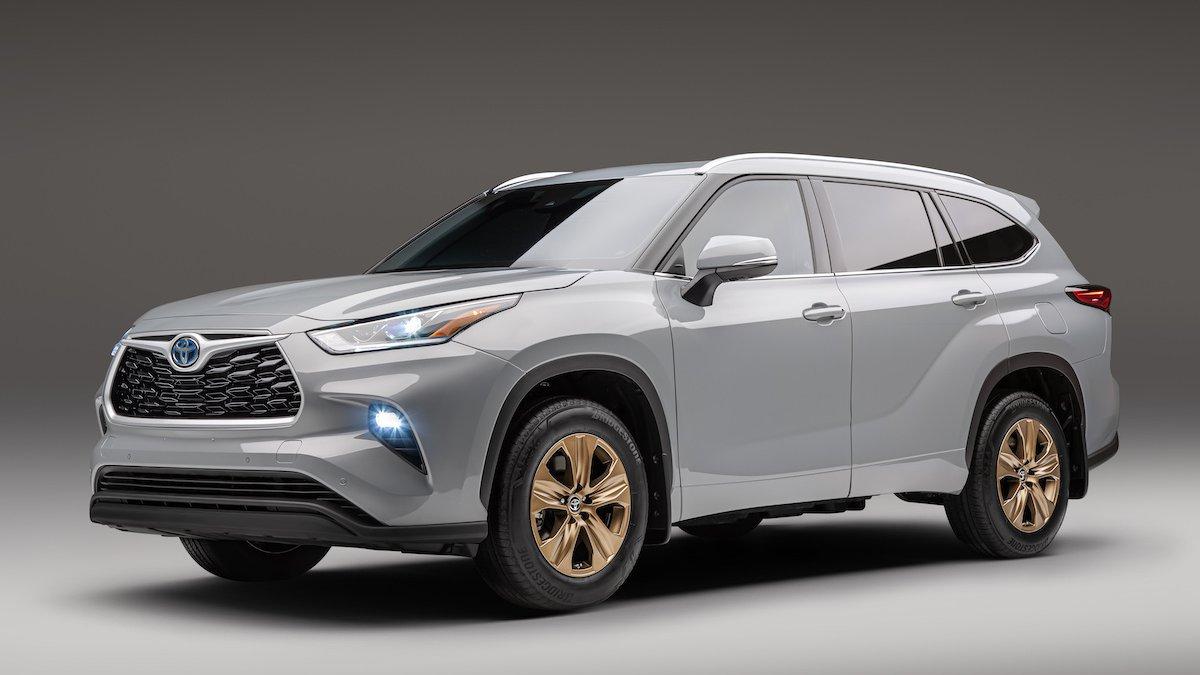 2022 Toyota Highlander Bronze Edition special edition toyota