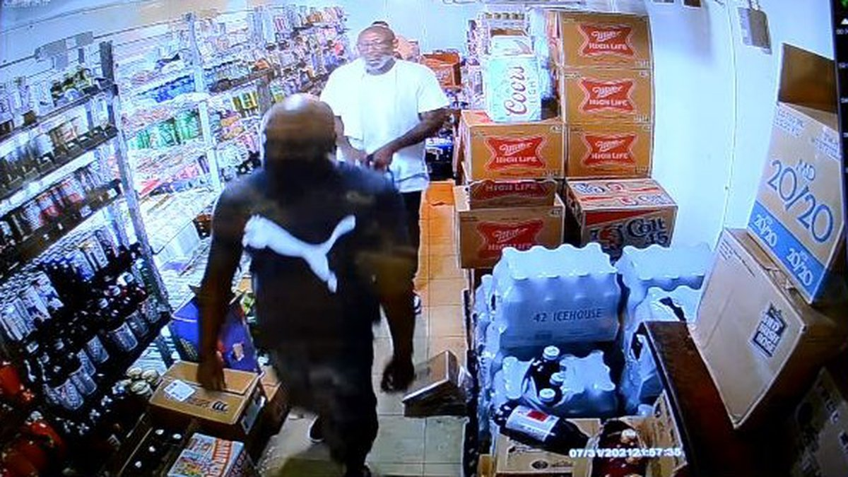 GRAPHIC VIDEO: 'Impatient' customer wanting to buy beer shoots clerk at N.C. convenience store