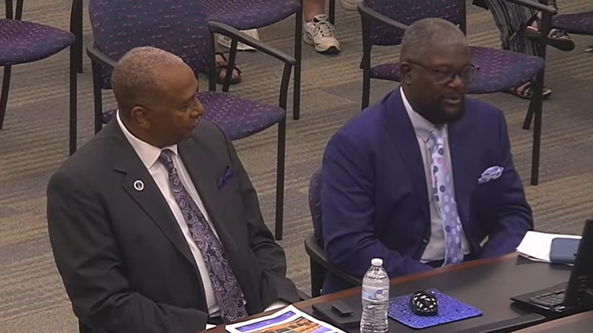 WPR Consultants Willie Ratchford and Dr. Anthony Wade addressing the Salisbury City Council.