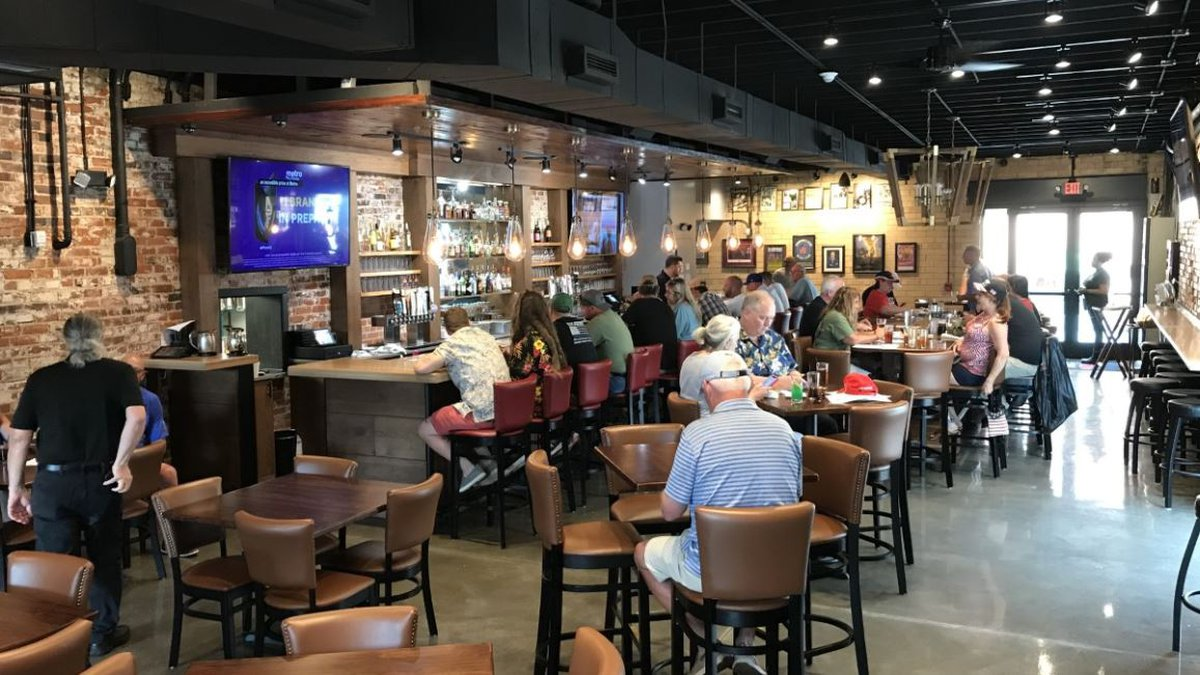 Shelby restaurant defies governor's Phase 2 orders, opens at full capacity