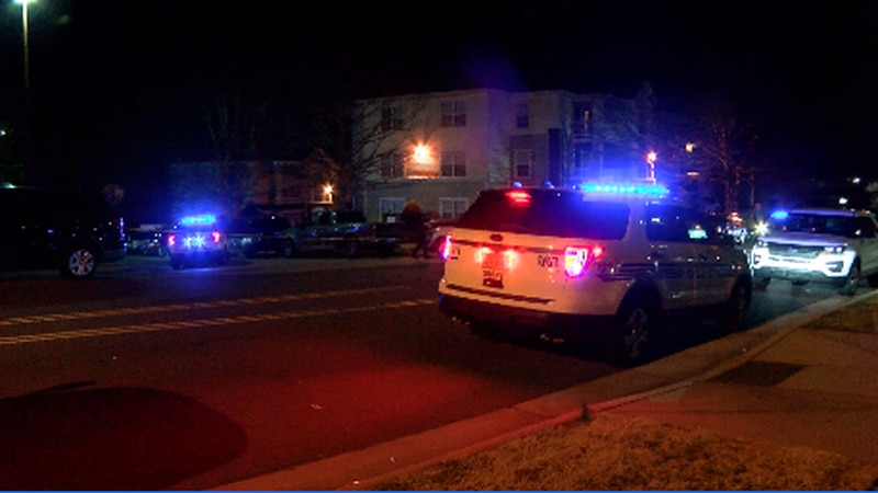 Early morning shooting in south Charlotte leaves one person dead, another injured
