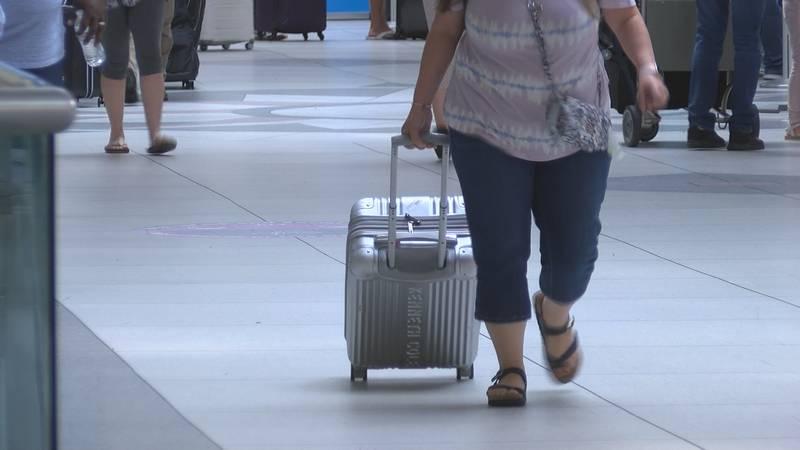 Charlotte airport prepares for big travel weekend