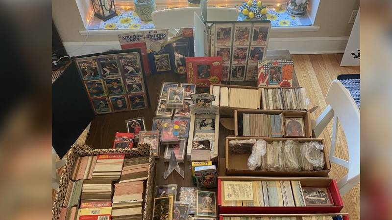 Know anything about baseball cards to help this local mom?